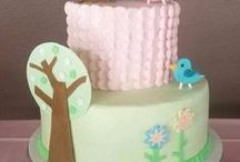 decorate :: two-tier+ cakes / Ideas and inspiration for two-tier and three-tier celebration cakes