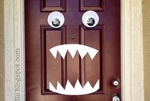 Haunted House diy / Haunted house props, layout, skeletons, thombstones, ghost,