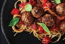 ITIALIAN FOOD / pasta and pizza  / by ⊰✤⊱Joni Napiontek⊰✤⊱
