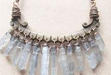Collares con cadenas. Necklaces / Collares, pendientes, pulseras, bisuteria.  Necklaces, earrings, bracelets, jewelry.