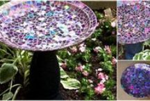 Great DIY Gardening & outdoor living projects & ideas! / There's nothing as nice as spending time outdoors whether it's in the garden or just for entertaining, especially if you live in a cold climate and are finally able to get out and about after a long season spent indoors. Here's some really nice ideas for easy DIY projects to enhance your time outdoors.Enjoy!