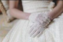 wedding || bridal accessories / Bridal accessories || veils, gloves, hair accessories, bridal jewellery, flower crowns, hair crowns, millinery