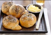 Bread Recipes / Make beautiful loaves of bread with these easy recipes. You 'knead' to try them! #bread #dough