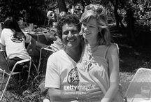 Joe Dassin  (1938-1980) / Deux mariages et un divorce : Maryse Massiera (1966-1977) et Christine Delvaux (1978-1980) (morte en 1995) Deux fils : Jonathan et julien  (avec Christine)