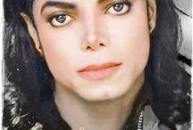 Michael Jackson  (1958-2009) / Chanteur Pop mythique Trois enfants dont deux avec Debbie Rowe 2 garçons et une fille  Michael, Paris et Prince