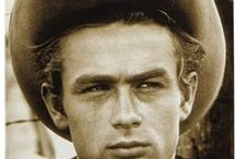 James Dean  (1931-1955) / Acteur américain mort  trés jeune (24ans)