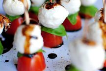 Food - Appetizers and Starters / Food to start a meal and eat with your fingers.