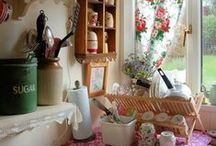 Dream Country Kitchen / by Kimberly Ashenden