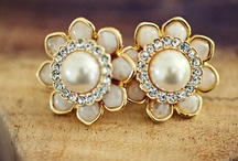 Jewelry, a girls best friend / by Kimberly Ashenden