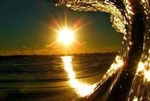Moon Sun & Stars / Shine On... Shine On ... Silver Moon ; Golden Sun and Sparkling Stars / by Maureen Palmer