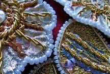 L'art du fil / Produit ordinaire, le fil à coudre ou à broder permet pourtant de réaliser de magnifiques chefs-d'œuvres. Je vous propose un petit tour du web des plus belles œuvres textiles
