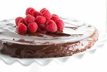 Chocolate Cravings / Chocolate desserts and treats / by Spoonful of Flavor | Ashley