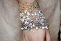 Armstulpen - Spitzen - Lace - Cuffs