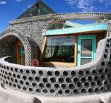 Earthship / Maison Earthship sur le principe Biotecture de Mickael Reynolds