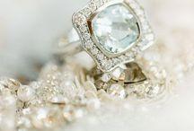 BIJOUX ET ACCESSOIRES // RINGS / Inspirations Bijoux et accessoires de Mariage http://www.leblogdemadamec.fr