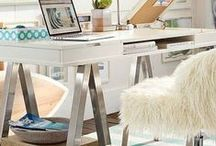 Work Place Ideas / Who says your home office need to be boring? These are some of my inspirational looks to turn that busy place into your favorite room! Office tools, office organization, design ideas for office, office layout,  office furniture, office decor