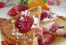 Food/Breakfast/Pastries / Breakfast Pastries, Cinnamon Rolls, Pancakes, French Toast, Donuts, Crepes, Scones