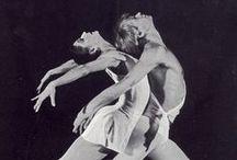 Ballet / by Roxanna Urdaneta
