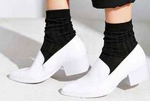 Fashion/White Shoes Trend