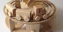 BOX - TOYS - MAGNETS - MATRIOSKA / Do you know Russian matrioska? The're nesting dolls. I really like them!