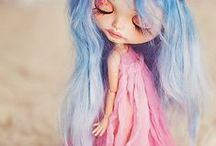 Blythe / Fabulous Blythe dolls, outfit ideas and amazing customs.