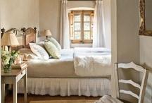 bedrooms mmmmh / by Sandra Simon