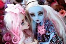 Monster High Customs / The Best Monster High and Ever HIgh Customs.
