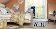 Estilo Vintage - Bruguer / El estilo vintage se ha extendido en los últimos años a todos los ámbitos del diseño y la moda, y también a la decoración. Inspirado en los años 30-40, es un estilo elegante, de aire romántico, basado en diseños de estilo antiguo pero utilizando accesorios vanguardistas y modernos.