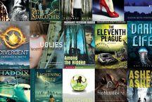 Books and Library Stuff / by Jennifer Arroyo
