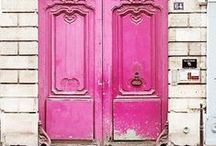 I Think in pink / by Clare Hanny