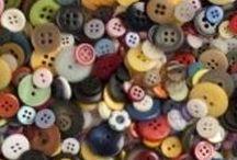 buttons buttons buttons / by Karen Aris