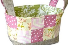 """Best Free Craft - Bags & Purses / """"The Best FREE Craft Articles"""" has the best craft articles on the web written by the best artists and crafters on the web.  All about bags, totes, purses, carry-alls, etc. / by Linda Walsh"""