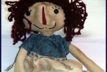 """Raggedies / Who cab resist sweet, adorable raggedies.  I know that I can't.  I LOVE making and designing them and collecting them.  Here are a few of my Raggedy Ann and Raggedy Andy favorite """"raggedies."""""""