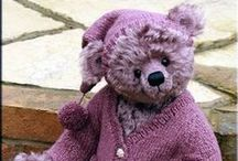 Animal Art Doll Tutorials, Video's, Patterns, and How-To's / I just love animal art dolls and teddy bear art dolls.  If you do, too and would love to learn how to make them perhaps these tutorials, video's, patterns, and how-to's will be helpful.