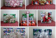 Gift Wrap Designs / I just love custom fabric and custom gift wrap.  I hope like my custom gift wrap designs.