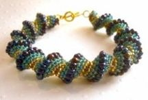 Jewelry & Beading Tutorials, Video's and How-To's / If you'd like to learn how to bead or make jewelry perhaps these tutorials, video's and how-to's will be helpful.