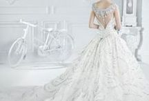Wedding Dresses & Accessories / by Denise Abreu
