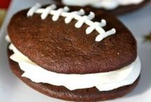 Savvy Game Day Recipes & Ideas / Looking for Game Day food to serve at your next party? Here you'll find plenty of game day recipes, game day snacks and more.