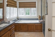 Fresh Traditional Kitchen in Bryn Mawr, PA / This fresh traditional kitchen in Bryn Mawr, PA was designed and built by the kitchen renovations specialists at HomeTech Renovations.