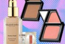 Newsworthy / Clips and media highlights featuring Elizabeth Arden products and awards from popular publications.