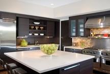 Kitchens / by Kim Heckman