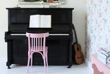 ♫ Music Room ♩ ♪