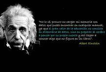 Citas y Frases Célebres / Recopilación de las citas y frases dichas por las grandes mentes universales.