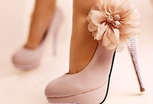 For The Love of Shoes! / Don't you just love a cute pair of shoes? Maybe a sexy pair or heels? Me too.