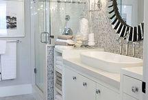 Bathroom Dream / by Patricia Targete