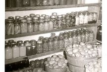 Canning & Preserving / Because the Zombies are coming . . .