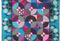 Circle quilts / Quilts with circles (and dots)