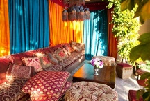 Bohemian Chic Style / Elegant, curated, bohemian rooms