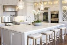 Home Decor / Ideas for the home. Paint colors, decor, finishes, drapes, flooring, furniture, styling ideas.