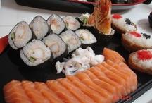 Sushi - Sashimi / ¿Cómo Preparar Sushi y Sashimi? Te enseñamos a disfrutar de la cocina japonesa elaborada por ti mismo!! https://cookpad.com/es/buscar/Jap%C3%B3n